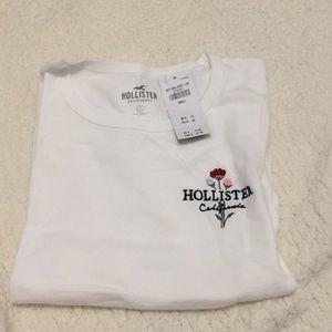 White Hollister t shirt.